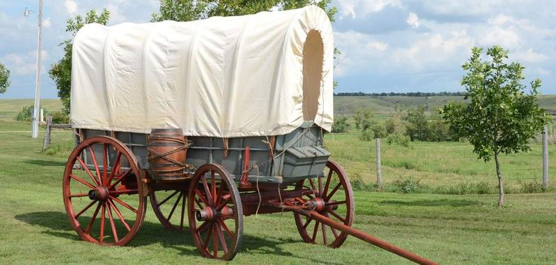 Pioneer Wagons With People